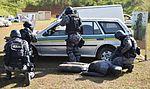 Exercício conjunto de enfrentamento ao terrorismo (27129887191).jpg