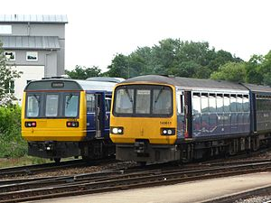 Exeter St Davids - FGW 142064 and 143611.jpg