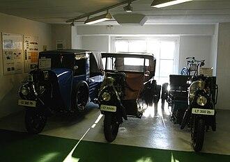 Framo (car) - Framo LT300PV,LT200S and LT3002b