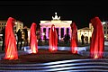 Festival-of-lights-brandenburger-tor-berlin-timeguards-waechter-der-zeit-tour-manfred-kielnhofer-light-painting-.jpg