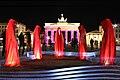 Festival-of-lights-brandenburger-tor-berlin-timeguards-waechter-der-zeit-tour-manfred-kielnhofer-light-painting-.jpg