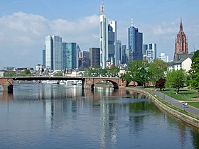 Река мајна у франкфурту на мајни