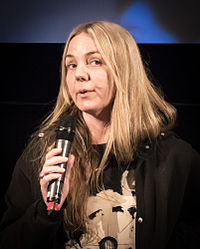 Fia-Stina Sandlund under presentationen av filmen She's wild again tonight i Filmhuset i Stockholm 2015.