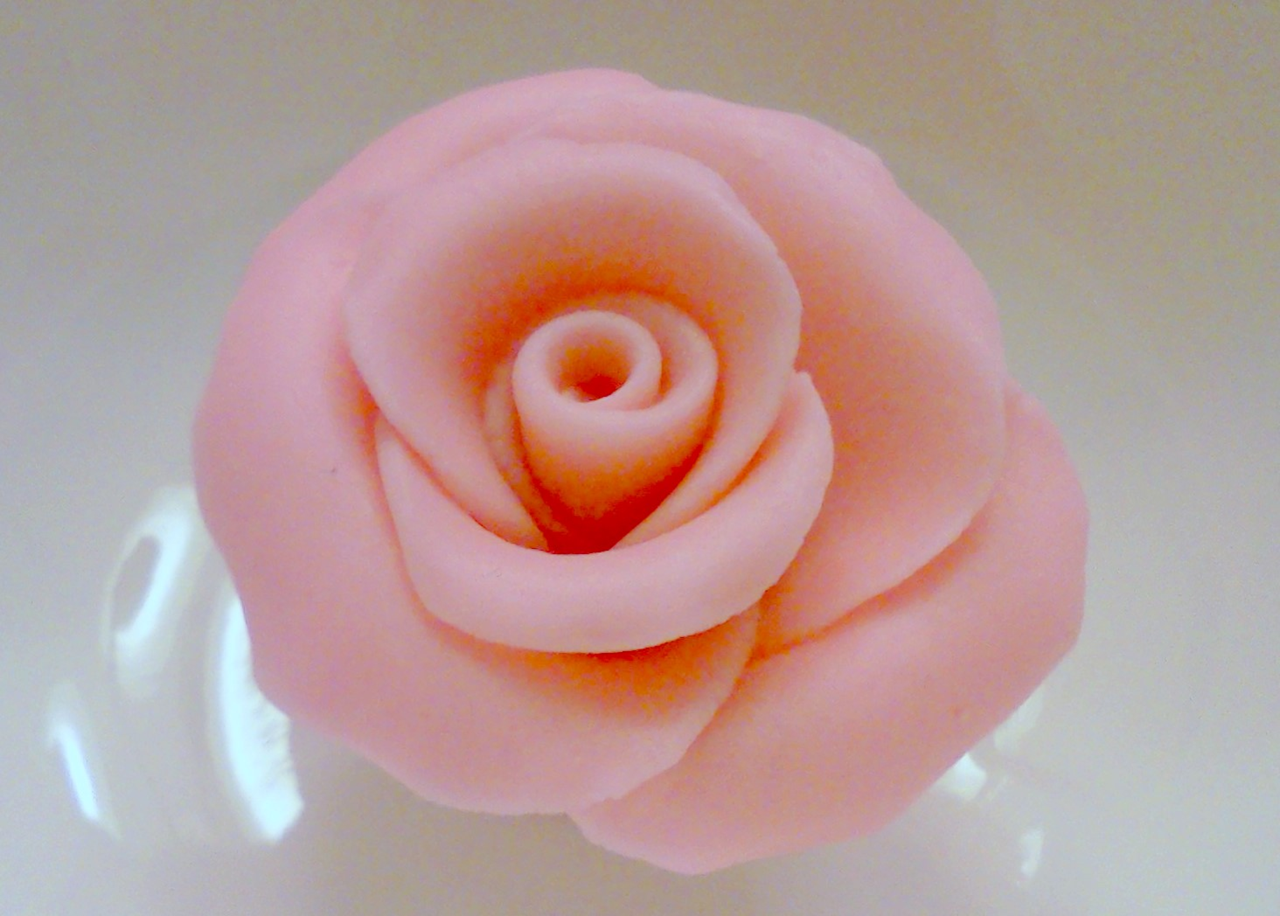 Fondant Rose Cake Ideas