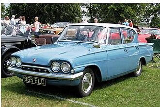 Ford Consul Classic - Ford Consul Classic 4-door saloon
