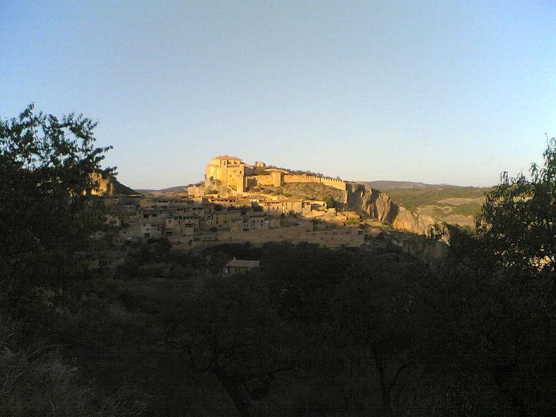 File:Fort d'Alquezar.jpg