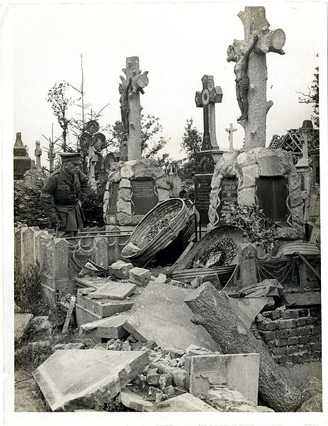 File:French graves smashed by German shell fire (Photo 24-269).jpg