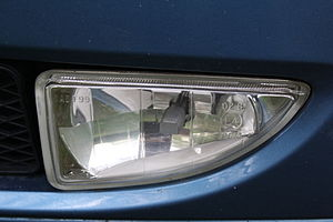 Front fog lights of Ford Focus Mk I.