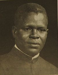 Fulbert Youlou (cropped).JPG