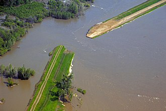 Hamburg, Iowa - Image: Full breach at levee L 575 near Hamburg
