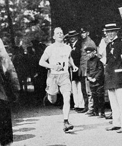 Gösta Åsbrink 1912.jpg