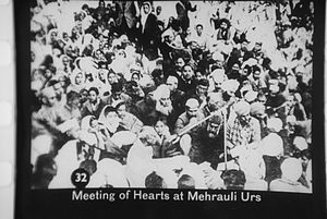 Mehrauli - Mahatma Gandhi visiting the dargah of Qutbuddin Bakhtiar Kaki, on his Urs, 27 January 1948.