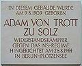 Gedenktafel Henning-von-Tresckow-Str 9 (Potsd) Adam von Trott zu Solz.jpg