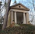 Gienanth-Mausoleum - panoramio - Immanuel Giel.jpg