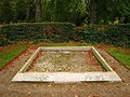 Grave, Castle Park - geograph.org.uk - 590357.jpg