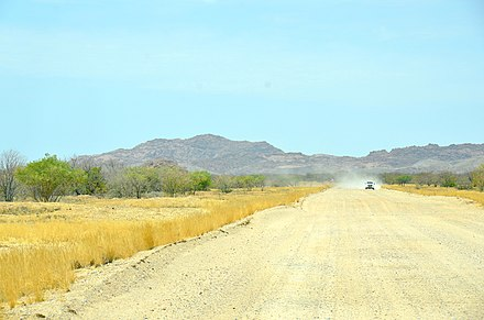 A gravel road in Namibia Gravel road, Namibia.jpg