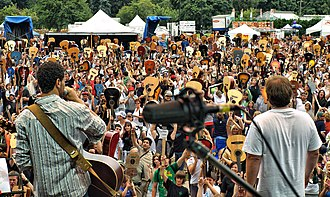 """Festival of Friends - Image: Guinness Book of Records """"Make it 1803"""" Guitar Record Breaking Attempt"""