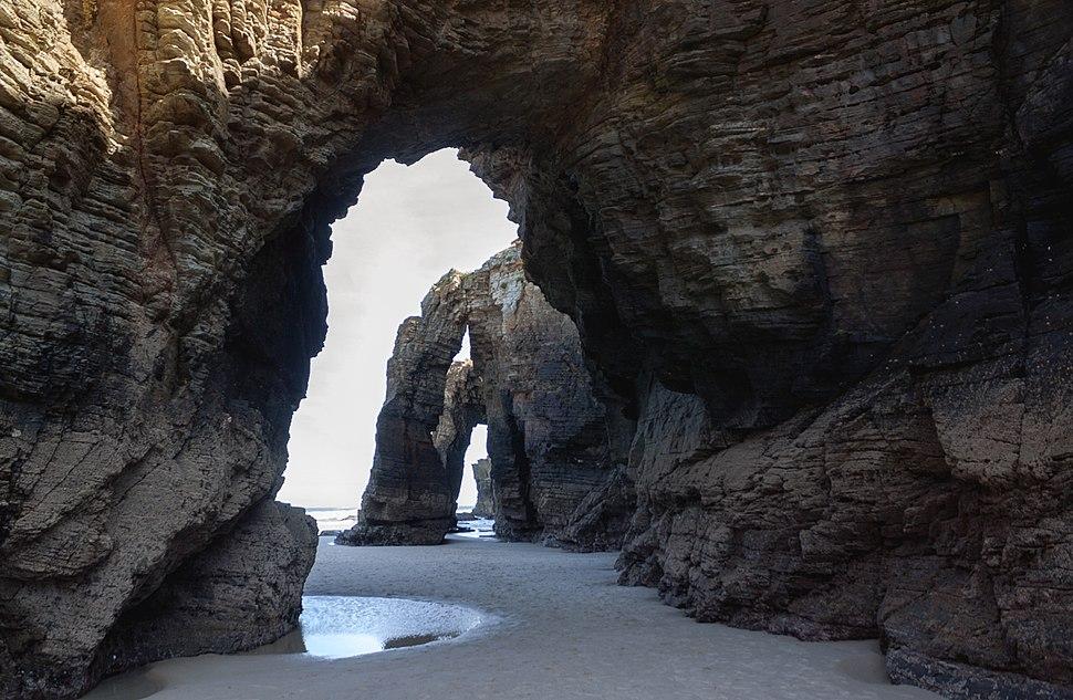 Höhlen (24991317572)