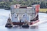HMS Prince of Wales LB04 Move (20448675699).jpg