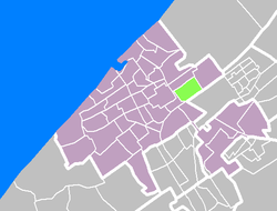 Bezuidenhout is the southernmost of the four Haagse Hout (green) neighborhoods in The Hague (violet)