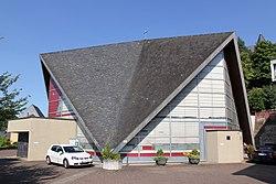 Heilig-Kreuz-Kirche 01 Koblenz 2013.jpg