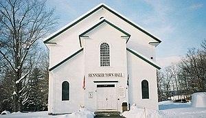 Henniker, New Hampshire - Image: Henniker Town Hall