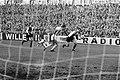 Holland Sport tegen Feyenoord 0-0. Aanval Feyenoord Moulijn, Verlangen (HS), Rog, Bestanddeelnr 923-0034.jpg