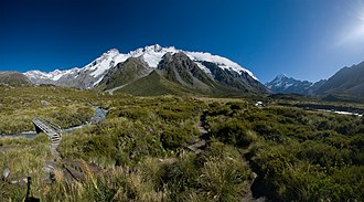 Aoraki/Mount Cook National Park - The Main Divide with Mt Sefton and The Footstool, from Hooker Valley. On the right side in the background is Aoraki / Mount Cook