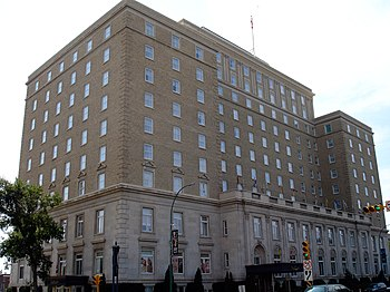 English: The Hotel Saskatchewan in Regina, Sas...
