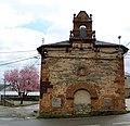 Iglesia de uso público en Carucedo.jpg