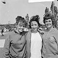 Internationale atletiekwedstrijden, de 400 meter dames vlnr H van Doorn , m, Bestanddeelnr 916-4943.jpg