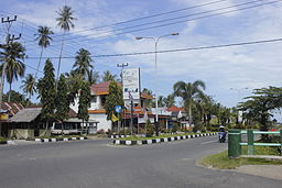 Intersection in Lubuk Basung.JPG