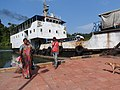 Iron ferry-2-baratang-andaman-India.jpg