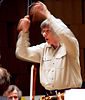 Conductor Israel Yinon dies after collapsing on stage