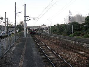 Orio Station - Image: JR Kyushuu Orio sta 1 2