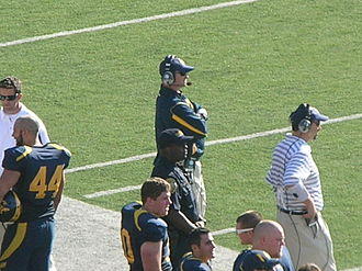 Jeff Tedford - Tedford (center) at the 2008 Big Game