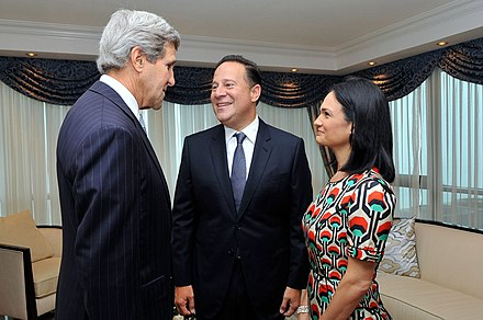 Panama's President-elect Juan Carlos Varela and Vice President Isabel Saint Malo with then-US Secretary of State John Kerry just before Varela's inauguration in 2014 John Kerry con Juan Carlos Varela e Isabel Saint Malo.jpg