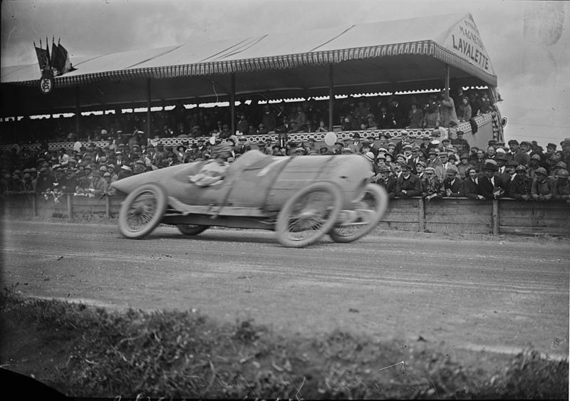 File:Jules Goux at the 1922 French Grand Prix (4).jpg