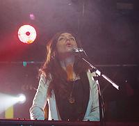 Julia Holter und Band (Haldern Pop 2013) IMGP2448 smial wp.jpg