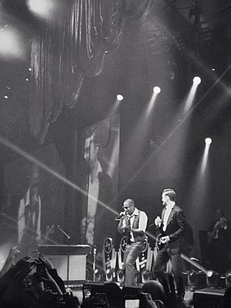Suit & Tie - Image: Justin Timberlake and Jay Z singing Suit & Tie