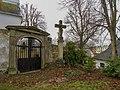 Kříž ve Starém Maletíně u fary (Q94438734).jpg
