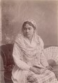 KITLV - 103765 - Malaysian woman at Singapore - circa 1890.tif