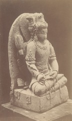 KITLV 87686 - Isidore van Kinsbergen - Hindu-Javanese sculpture coming from the Dijeng plateau - Before 1900.tif