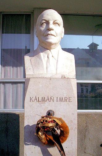 Emmerich Kálmán - Bust of Kálmán in Siófok