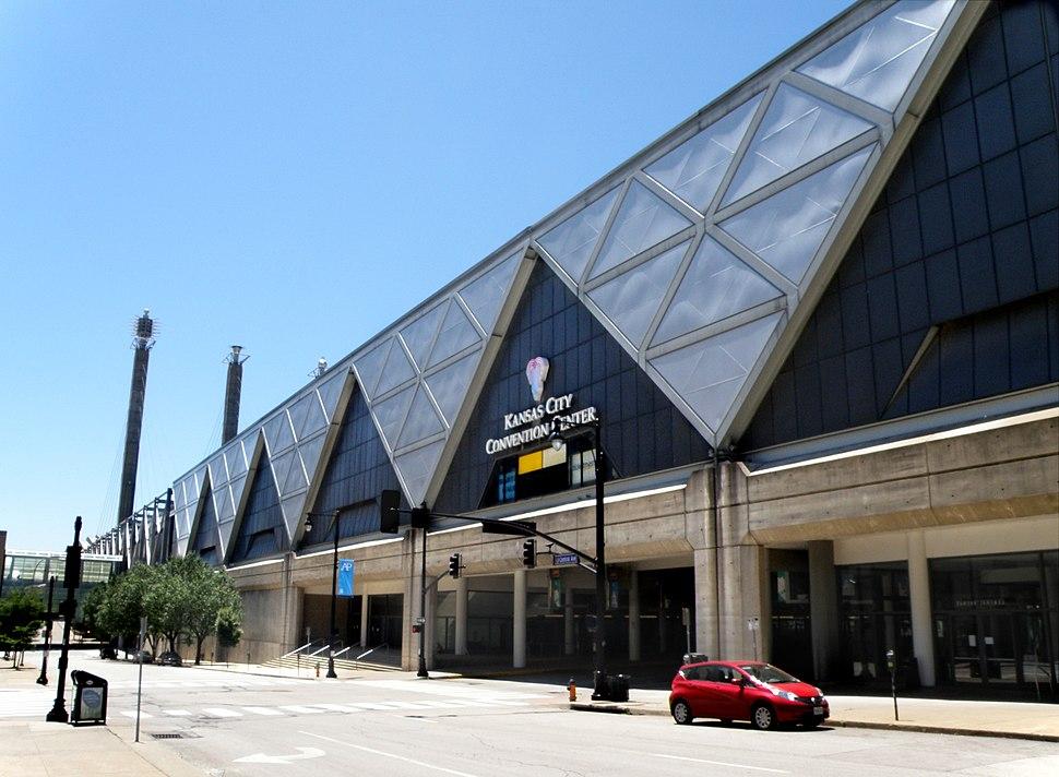 Kansas City Convention Center, West 13th Street - Kansas City, Missouri, USA - panoramio