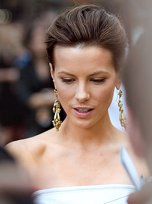 Kate Beckinsale - Beckinsale at the Live Free or Die Hard London premiere, 2007
