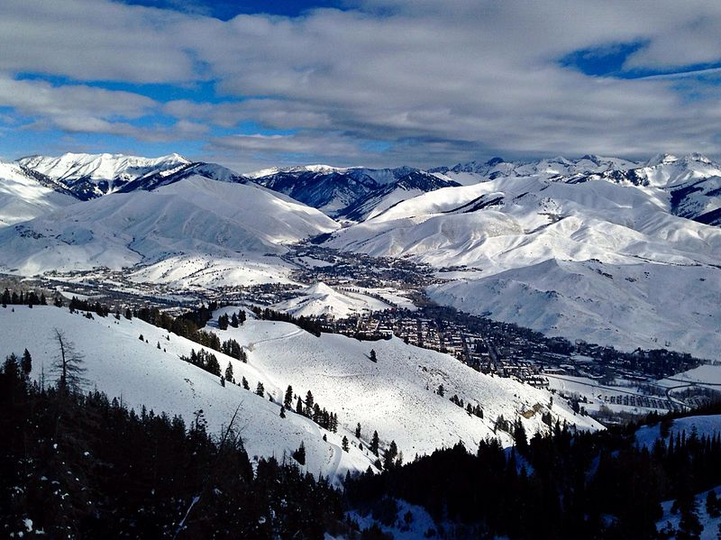 File:Ketchum Sun Valley in winter.jpg