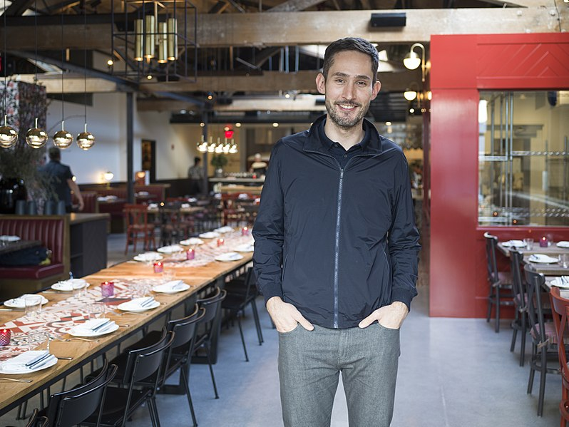 File:Kevin Systrom 2018 (40980041741).jpg