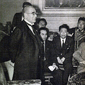Kichisaburō Nomura - Nomura meets the press after having been appointed as Foreign Minister (26 September 1939)