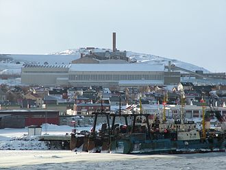 Kirkenes–Bjørnevatn Line - The port at Kirkenes with the separator plant in the background